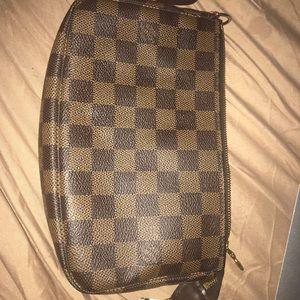 Louis Vuitton accessories damier ebene pochette